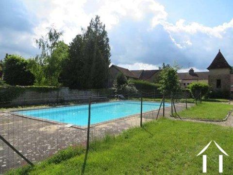 Herenhuis te koop toulon sur arroux bourgondi 12018 - Houten toren zwembad ...