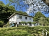 Statige moderne villa met parktuin grenzend aan beekje Ref # 11-2336