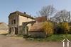 Stenen huis in het hart van een dorp Ref # CR5233BS