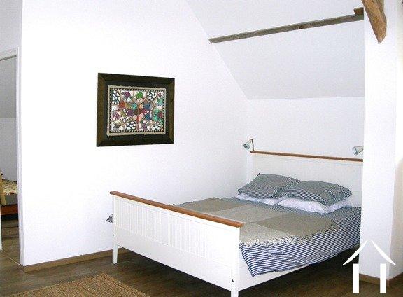 Huis met gastverblijf te koop bauge landen van de loire 4742 - Bed kind met mezzanine kantoor ...