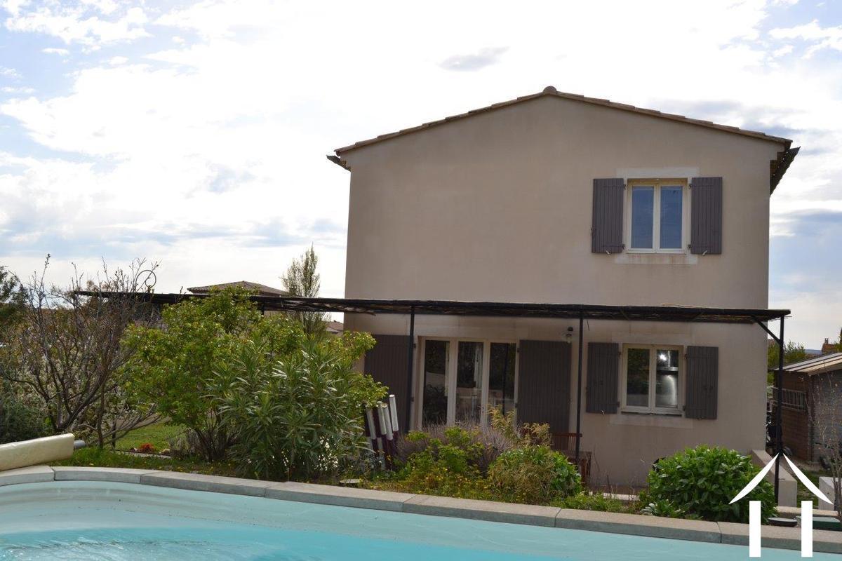 Modern huis te koop cairanne provence alpen côte d azur