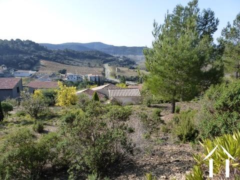 Villa met vergezichten nabij rivier en centrum Ref # 09-6664
