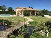 Villa met zwembad en uitzicht nabij fietspad in AOC-streek Ref # 11-2393 foto 1
