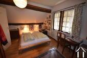 Karakteristiek huis met 2 gastenkamers in apart huisje Ref # BH5023V foto 9 one of two bedrooms in main house