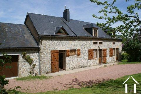 Zeer charmant huis in de Morvan Ref # RT5091P