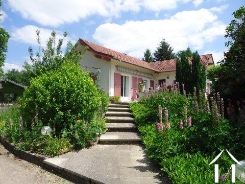 Mooie villa in de Bresse met B&B en mogelijke mini camping Ref # BH5107V