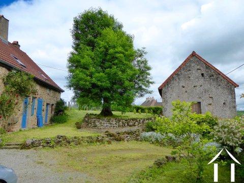 Gerenoveerde boerderij met gastenhuis en 3 slaapkamers Ref # CR5067BS