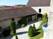 Zeer charmant huis met schuren en een patio Ref # RT5039P foto 14 Courtyard and buildings