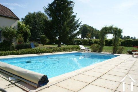 Charmant huis, zwembad en prachtig uitzicht Ref # RT4887P
