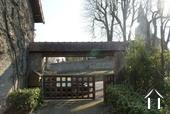 Ruim dorpshuis met karakter Ref # JB7037P foto 12 Side entrance to property