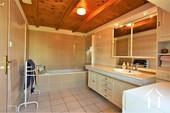 Gerenoveerde boerderij met 5 slaapkamer en mooi uitzicht Ref # JP5012S foto 12 family bathroom