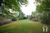 Modern huis met veel daglicht en zwembad. Omgeving Beaune. Ref # CR5036BS foto 22 Vue du jardin