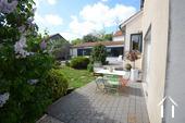 Modern huis met veel daglicht en zwembad. Omgeving Beaune. Ref # CR5036BS foto 19 Terrace