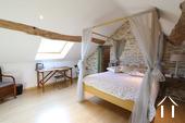 Karakteristiek, gerenoveerd huis in prachtig wijndorp. Ref # CR4880BS foto 3 Master bedroom