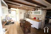 Karakteristiek, gerenoveerd huis in prachtig wijndorp. Ref # CR4880BS foto 4 Keuken