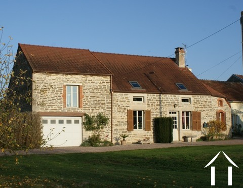 Charmant huis met prachtige tuin Ref # RT5088P