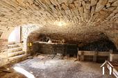 Typisch Bourgondisch huis met zicht op wijngaarden. Ref # CR5024BS foto 5 Wine cellar