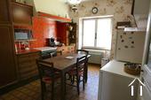 Typisch Bourgondisch huis met zicht op wijngaarden. Ref # CR5024BS foto 7 Kitchen