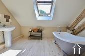 Herenhuis met 2 apparte gastenverblijven en zwemad Ref # BH4953V foto 15 Master bedroom