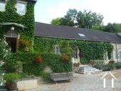 "Herenhuis met 2 apparte gastenverblijven en zwemad Ref # BH4953V foto 34 The second ""Coach house"" guest house with three bedrooms."