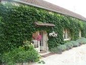 Herenhuis met 2 apparte gastenverblijven en zwemad Ref # BH4953V foto 21 the spring cottage with two bedrooms