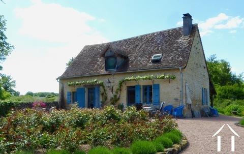 Charmante cottage, gerenoveerd, comfortabel, instapklaar. Ref # DF4969C