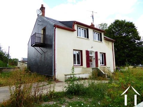 Groot familiehuis in rustig dorp Ref # MW5028L Hoofd foto Ger Haubtbild