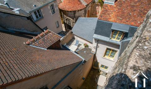 3 vakantiewoningen te koop in historisch stadscentrum Ref # LB5068N