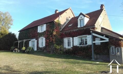 Gerenoveerde cottage omgeving Premery, instapklaar! Ref # LB5070N