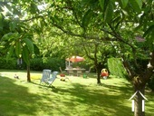 Herenhuis met 2 apparte gastenverblijven en zwemad Ref # BH4953V foto 5 jardin fruitiere qui va avec le gite 2