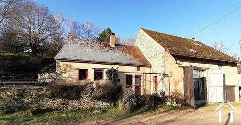 Huis met karakter uit 19de eeuw en mooi uitzicht. Ref # RT5076P