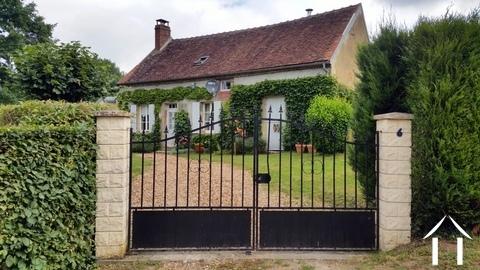 Droomhuis in Puisaye regio te koop. Ref # LB5087N Hoofd foto Ger Haubtbild