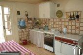 Lieflijk Dorpshuis, binnenplaats en te restaureren schuur.   Ref # GVS4849C foto 4