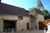 Lieflijk Dorpshuis, binnenplaats en te restaureren schuur.   Ref # GVS4849C foto 13