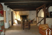 Lieflijk Dorpshuis, binnenplaats en te restaureren schuur.   Ref # GVS4849C foto 12