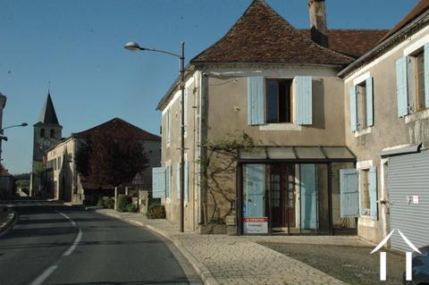 Creer je eigen B&B in lieflijk dorp in de Périgord-Dordogne. Ref # GVS4759C Hoofd foto Ger Haubtbild