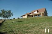Prachtig recent stenen huis met uitzicht op eigen 4.5 ha Ref # GVS4840C foto 5