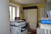 Te renoven huis met schuur Ref # Li454 foto 8
