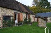 Te renoven huis met schuur Ref # Li454 foto 13