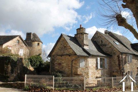 Dorpshuis in Turenne Ref # Li488