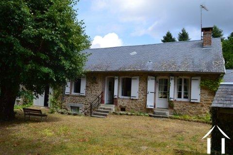 Charmant huis op mooie rustige plek Ref # Li515