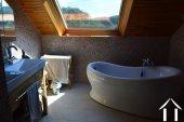 Goed gerenoveerd huis aan een meer Ref # Li547 foto 43