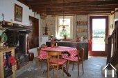 Goed gerenoveerd huis aan een meer Ref # Li547 foto 10