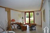 Goed gerenoveerd huis aan een meer Ref # Li547 foto 16