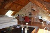 Goed gerenoveerd huis aan een meer Ref # Li547 foto 51