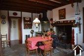 Goed gerenoveerd huis aan een meer Ref # Li547 foto 7