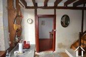 Goed gerenoveerd huis aan een meer Ref # Li547 foto 12