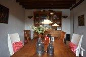 Goed gerenoveerd huis aan een meer Ref # Li547 foto 15
