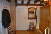 Goed gerenoveerd huis aan een meer Ref # Li547 foto 33