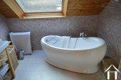 Goed gerenoveerd huis aan een meer Ref # Li547 foto 46